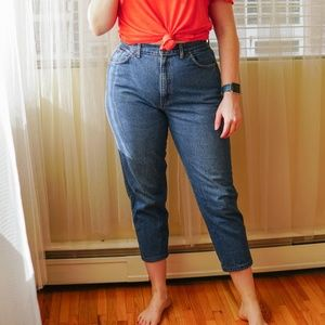Vintage high-waisted crop mom jeans